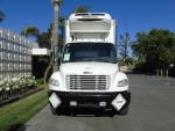 2013 Freightliner M2 26' REEFER - HEAVY DUTY REEFER HDR