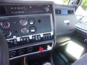 2013 Kenworth T660 - Day Cab