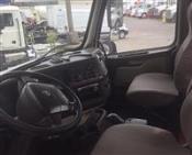 2013 Volvo VNM64T