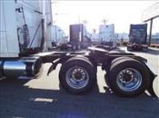 2013 Volvo VNL670 - Semi Truck