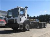 2007 Mack MR690S - Cab & Chassis