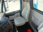 2012 Volvo VNL300 - Day Cab