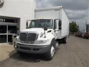 2014 International 4300 SBA 4X2 - Box Van
