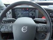 2020 Volvo VNL64T400