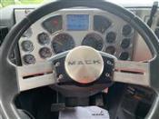 2014 Mack PINNACLE CXU613