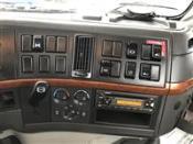 2009 Volvo VNM64T