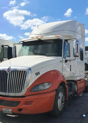 2014 International Prostar Limited - Sleeper Truck