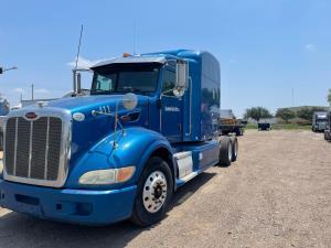 2009 Peterbilt 386 - Sleeper Truck