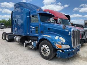 2012 Peterbilt 386 - Sleeper Truck