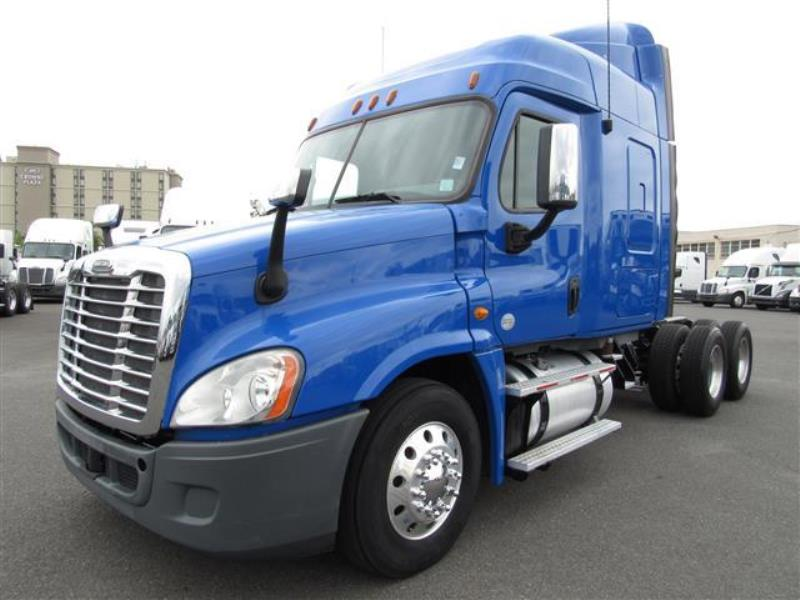 2013 Freightliner Cascadia >> 2013 Freightliner Cascadia 48 Sleeper With Photos