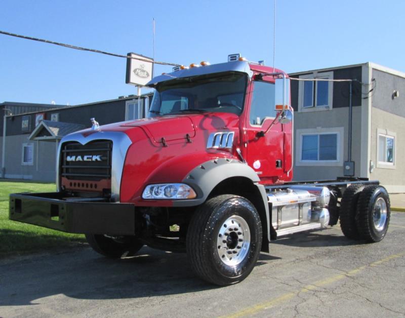 2020 Mack Granite 42BR