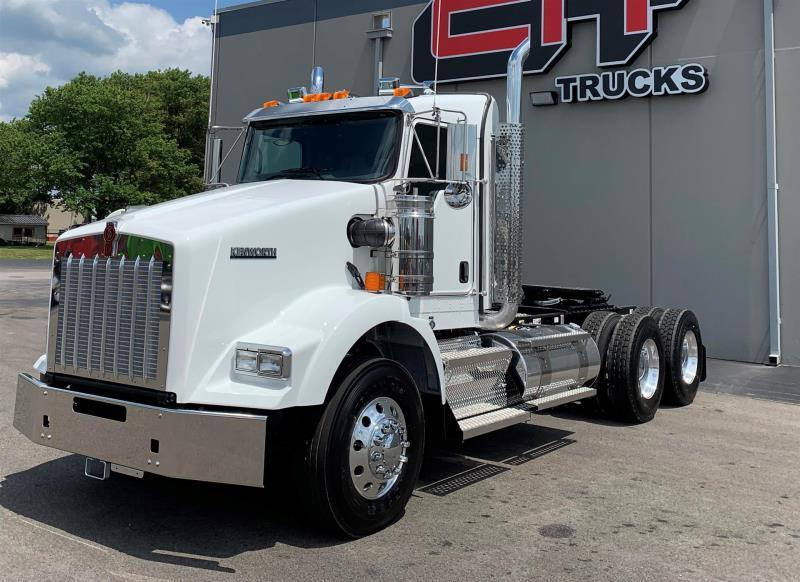 2020 Kenworth T800 | Semi Truck - Champaign, IL