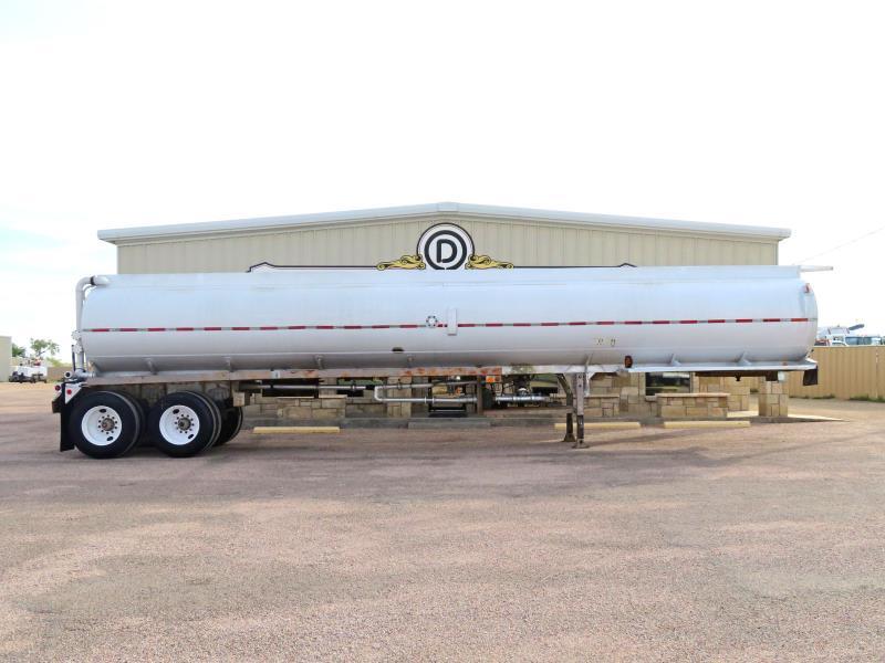 1977 Heil 4 Cpt. Tanker