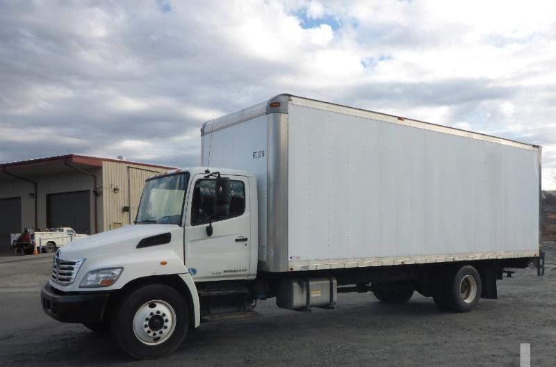 2010 Hino 338 | Box Truck - Middletown, CT