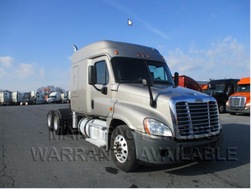 2015 Freightliner Cascadia EVO | Sleeper Truck - Harrisburg, PA