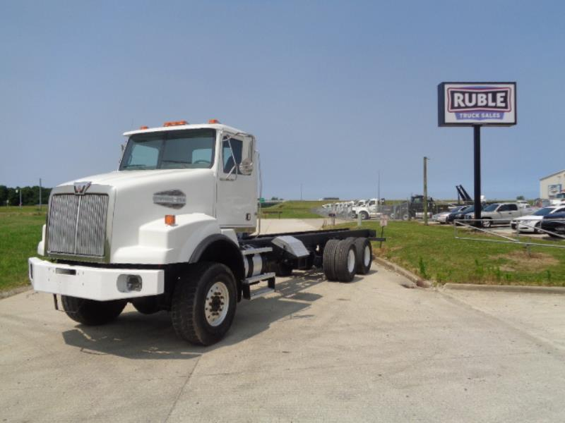 2006 Western Star 4700 6x6 | Cab & Chassis - New Haven, IN